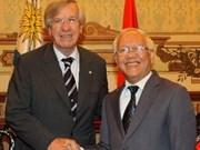 Uruguay Vice President talks to HCM City companies