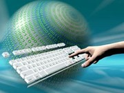 Vietnam marks 15 years of Internet access