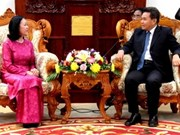 Vietnam NA delegation welcomed in Laos