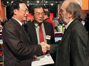 Vietnamese, French communist parties strengthen ties