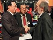 Vietnamese, French communist parties strengthen ties