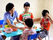 VN, US talk ways to educate autistic children