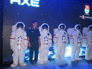 Vietnamese citizens compete for trip to space