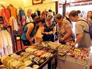 Tourists flock to Hue Craft Festival