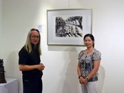 Singaporean painter exhibits works on Vietnam