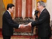President receives foreign ambassadors