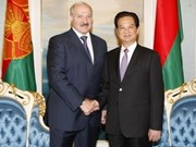 Vietnamese PM meets with Belarusian President