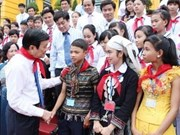 President meets underprivileged children