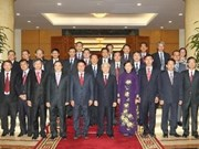 Party leader sends off VN diplomats