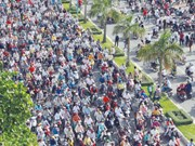 Hanoi tightens residency criteria