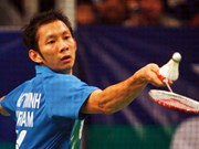 Badminton: Minh sails through at world champs