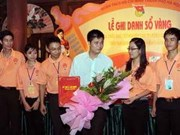 Best graduates honoured in Hanoi