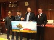 Vietnam, northern Australia territory enhance ties