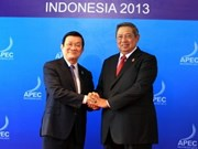 President meets with APEC leaders