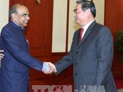 Vietnam enhances solidarity with India