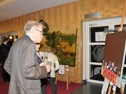 Vietnamese paintings attract visitors in Brussels