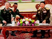 Hanoi High Command delegation visits Laos