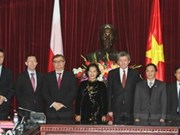 Vietnam, Poland cement legislative ties
