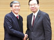 Vietnam, Japan party officials meet