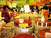 Southern hub shops stock up on Tet specialties