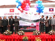 Vietnam helps Laos build broadcast relay station