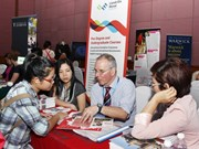 VN makes efforts to deepen ties with UK