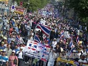 "Thai demonstrators gather for ""capital shutdown"""