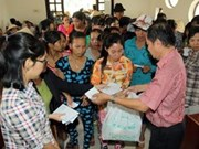 Campaign delivers 1 million Tet gifts to disadvantaged families