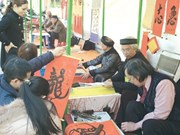 Hanoi: Tet calligraphers given new venue
