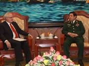 Defence Minister bids farewell to US Ambassador