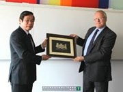 Vietnam learns from UK telecom know-how