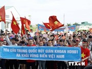 Vietnamese students protest China's illegal acts in East Sea
