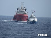 Chinese ships maintain aggressive acts in Vietnam's waters