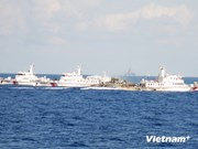 Chinese vessels fiercely defend illegal rig