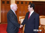Vietnamese Prime Minister receives US Senators