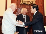 President Sang receives Marxist scholars