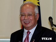 Malaysian Prime Minister visits Singapore to boost ties