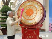 Party chief launches new school year in Hanoi