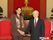 Party leader receives visiting Cuban official
