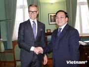 Deputy Prime Minister Hoang Trung Hai visits Finland