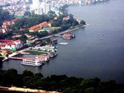 Hanoi's West Lake seeks national attraction status