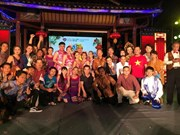Vietnamese play wins award of excellence at theatre festival