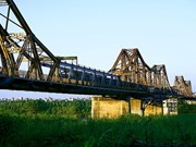 Long Bien Bridge may get a modern partner