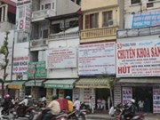 Hanoi tightens supervision on private health clinics