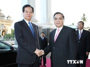 Vietnam, Laos look towards 2 billion USD trade next year
