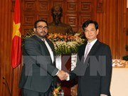 PM greets new Panamanian Ambassador