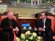 Hanoi's Party leader receives Vatican Cardinal