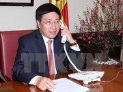 Vietnamese, Chinese officials hold phone talks on enhancing ties