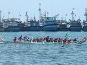 Boat-race fest gets sailing in Ly Son
