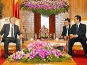 Former UK PM vows assistance to Vietnam